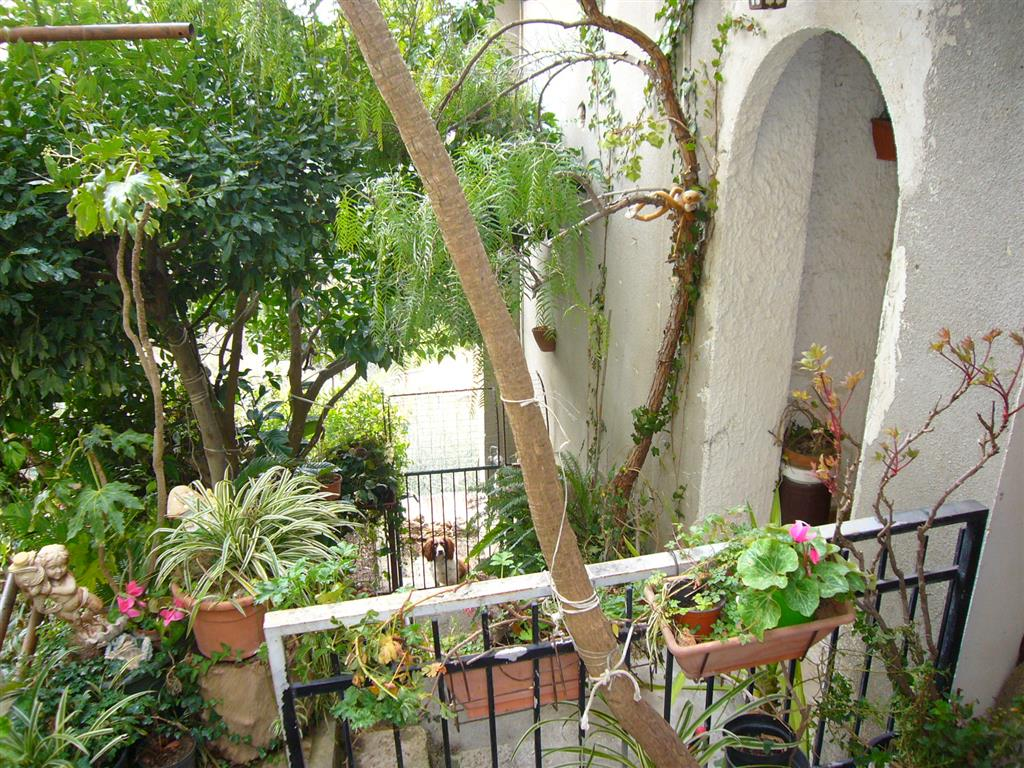Independent apartment in a duplex house in the hinterland of Imperia