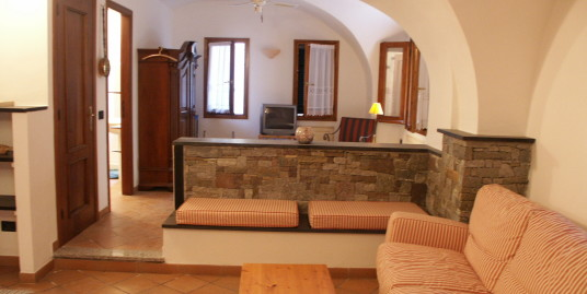 Beautifull studio apartment in Imperia finely renovated