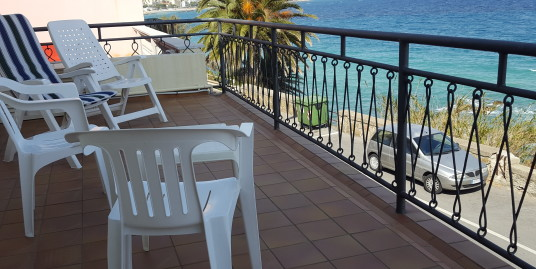 Seafront apartment for holiday rent in Bussana