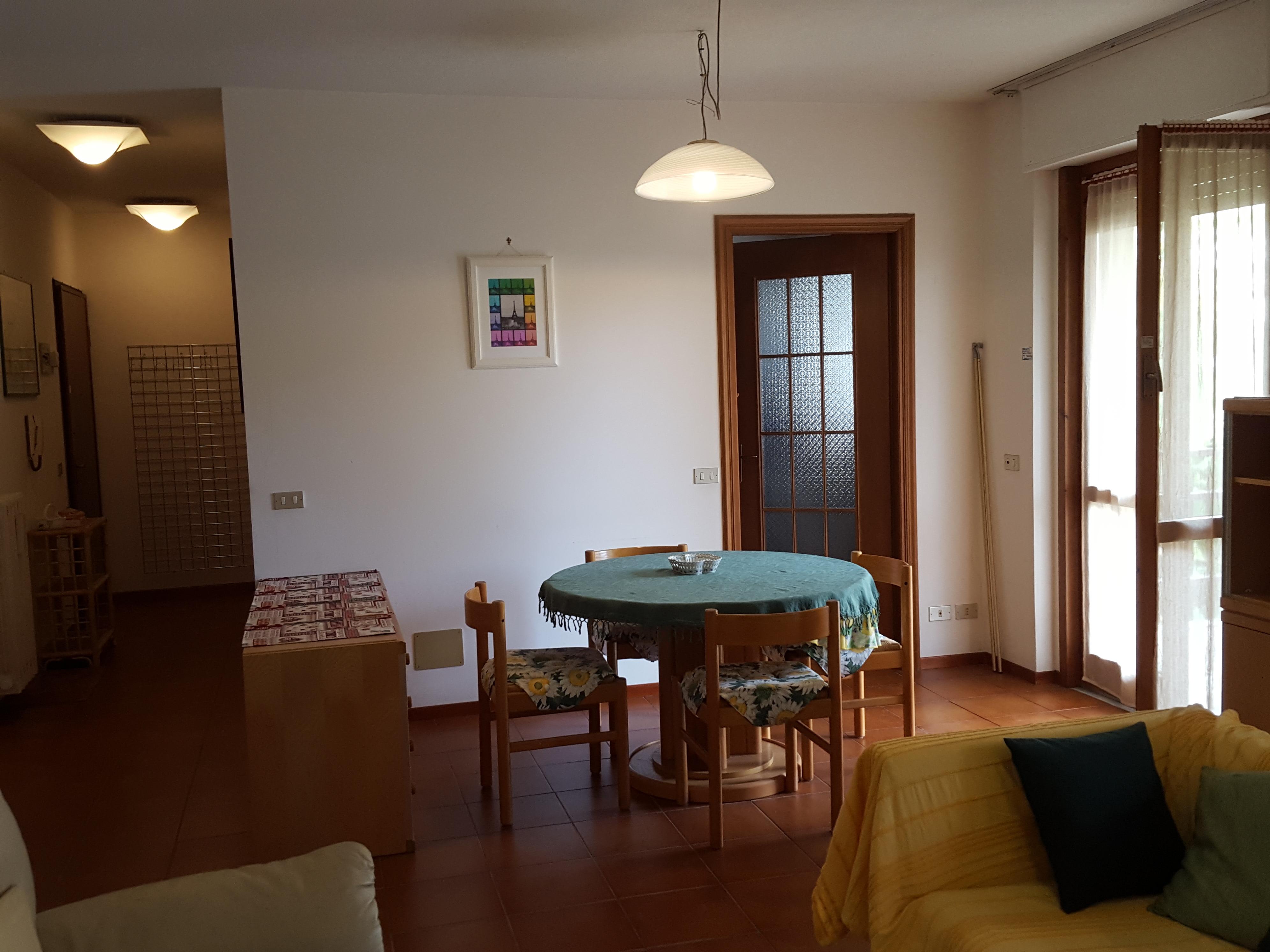 Tre bedroom apartment di 100 sqm with terraces in Sanremo