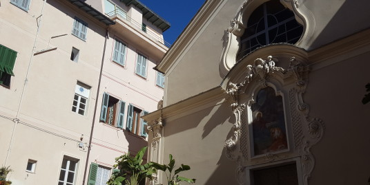 One bedroom apartment in the historic center of Bordighera Alta