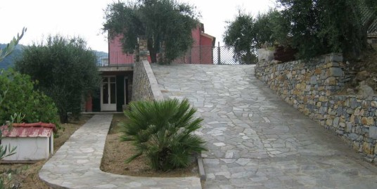 Charming villa 10 km from Oneglia