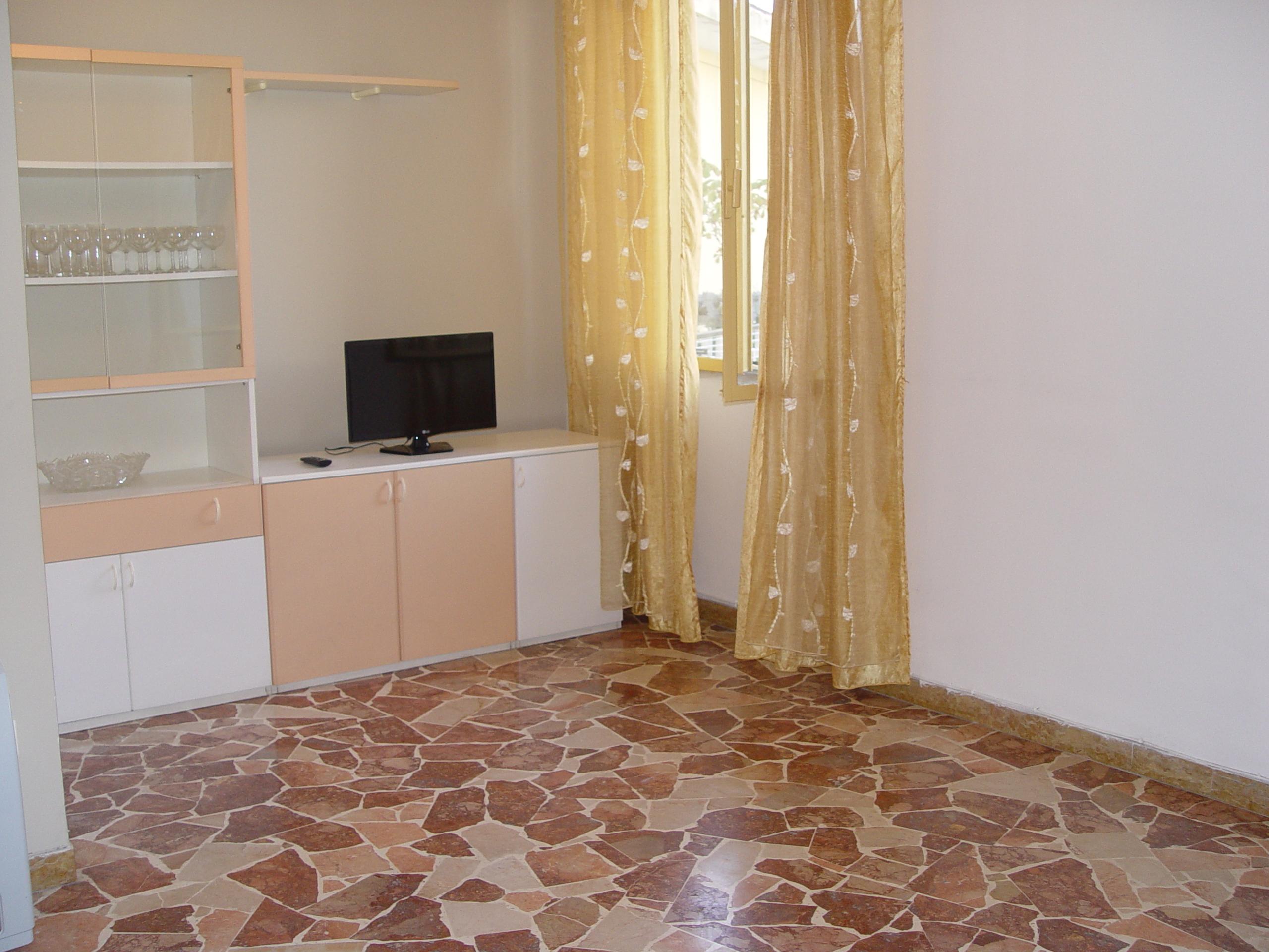 Centrale appartamento di 85 mq con terrazzo