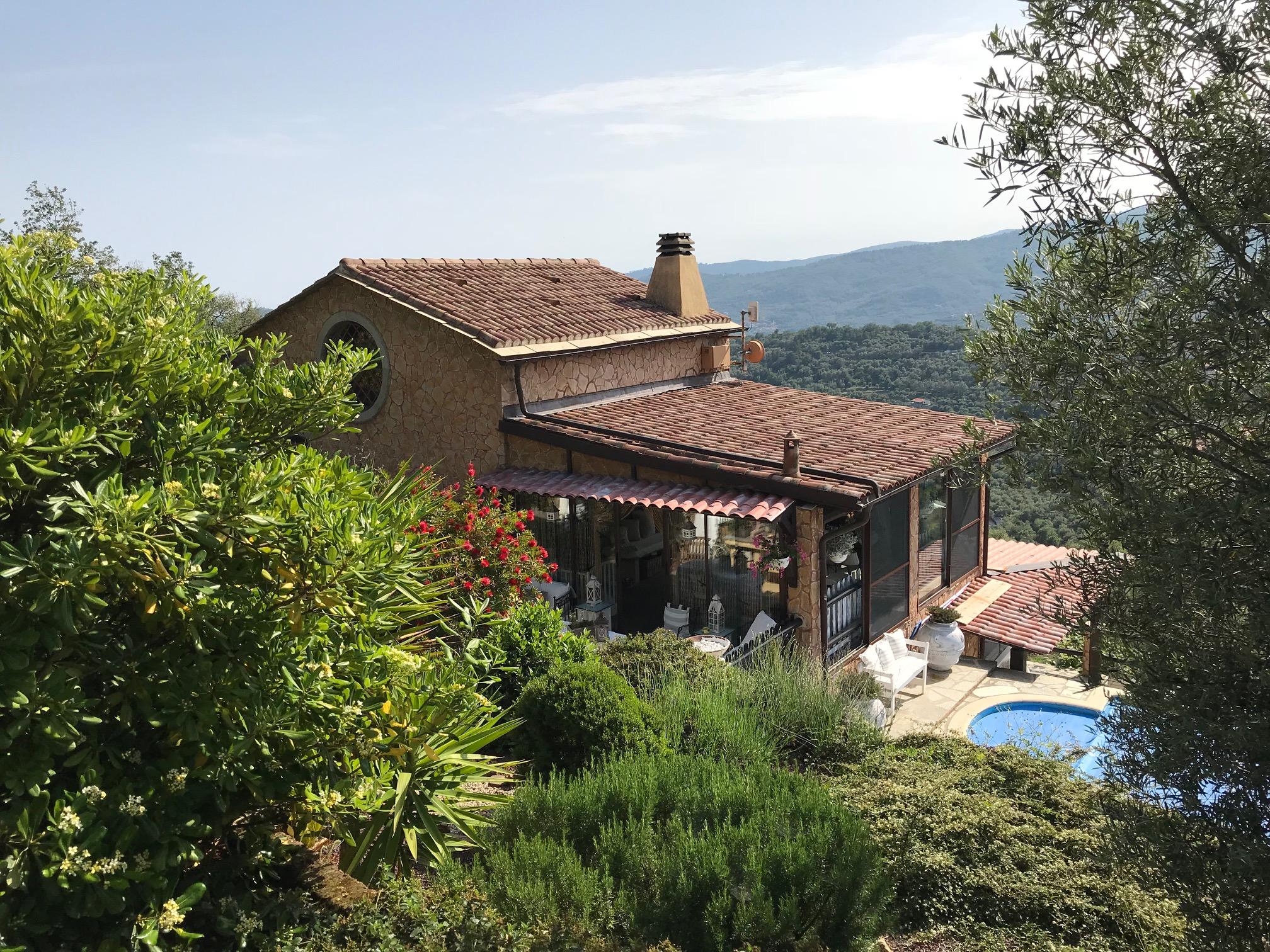 Villa Mare e Monti con piscina riscaldata