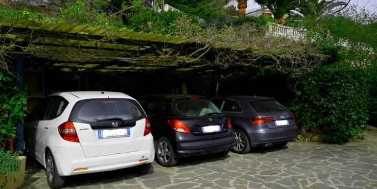posti auto coperti