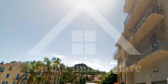 Ampio appartamento in vendita a Imperia Porto Maurizio