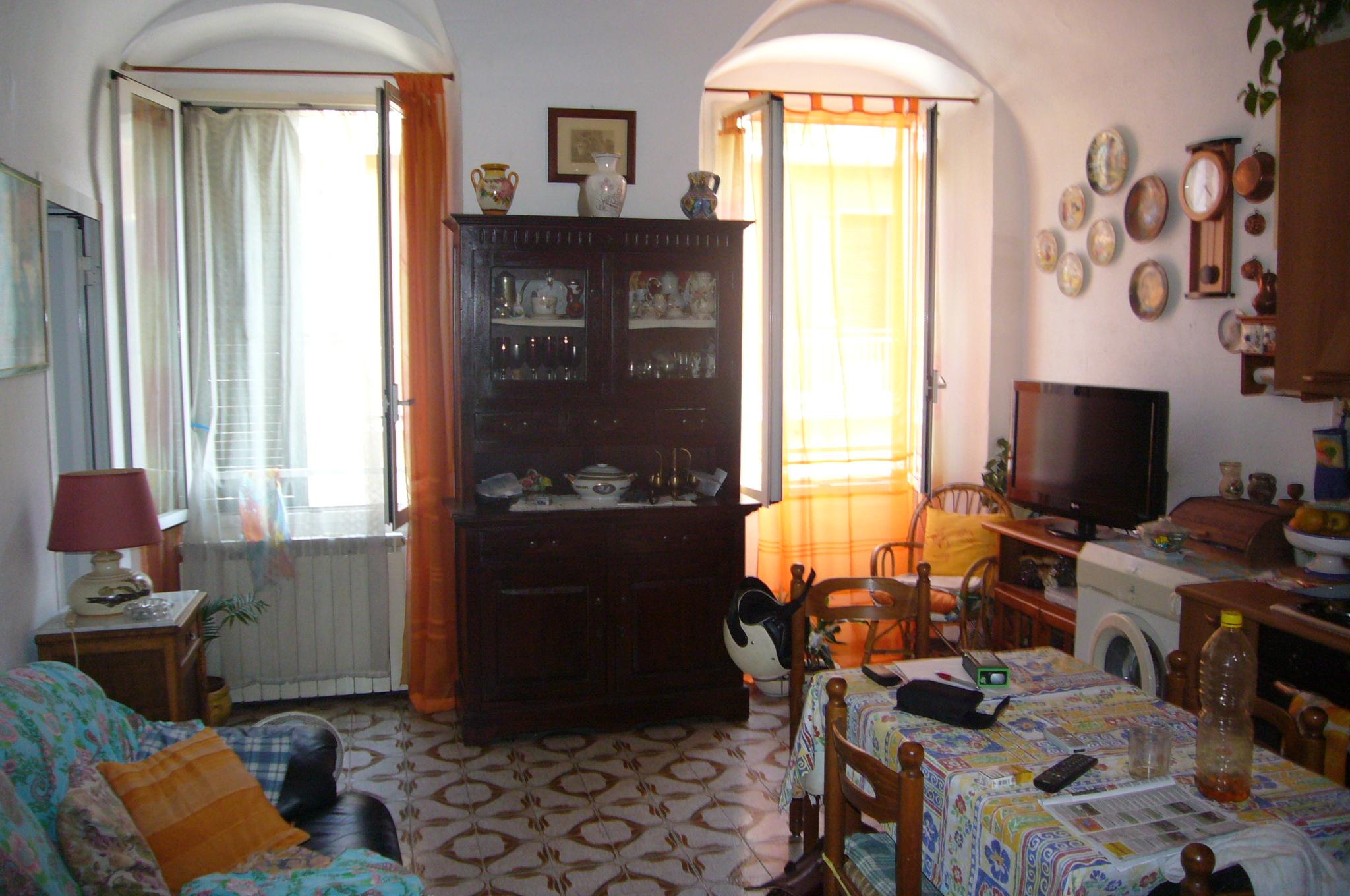 Appartamento in vendita| Imperia Oneglia primo entroterra