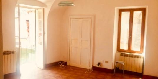 Appartamento in centro – Pontedassio