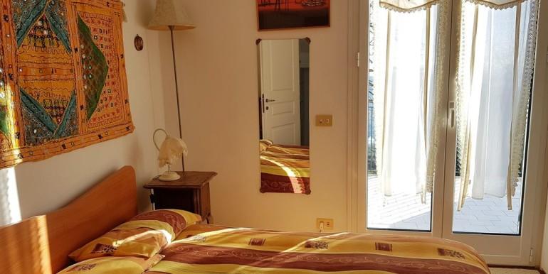 camera 4 orancione 2
