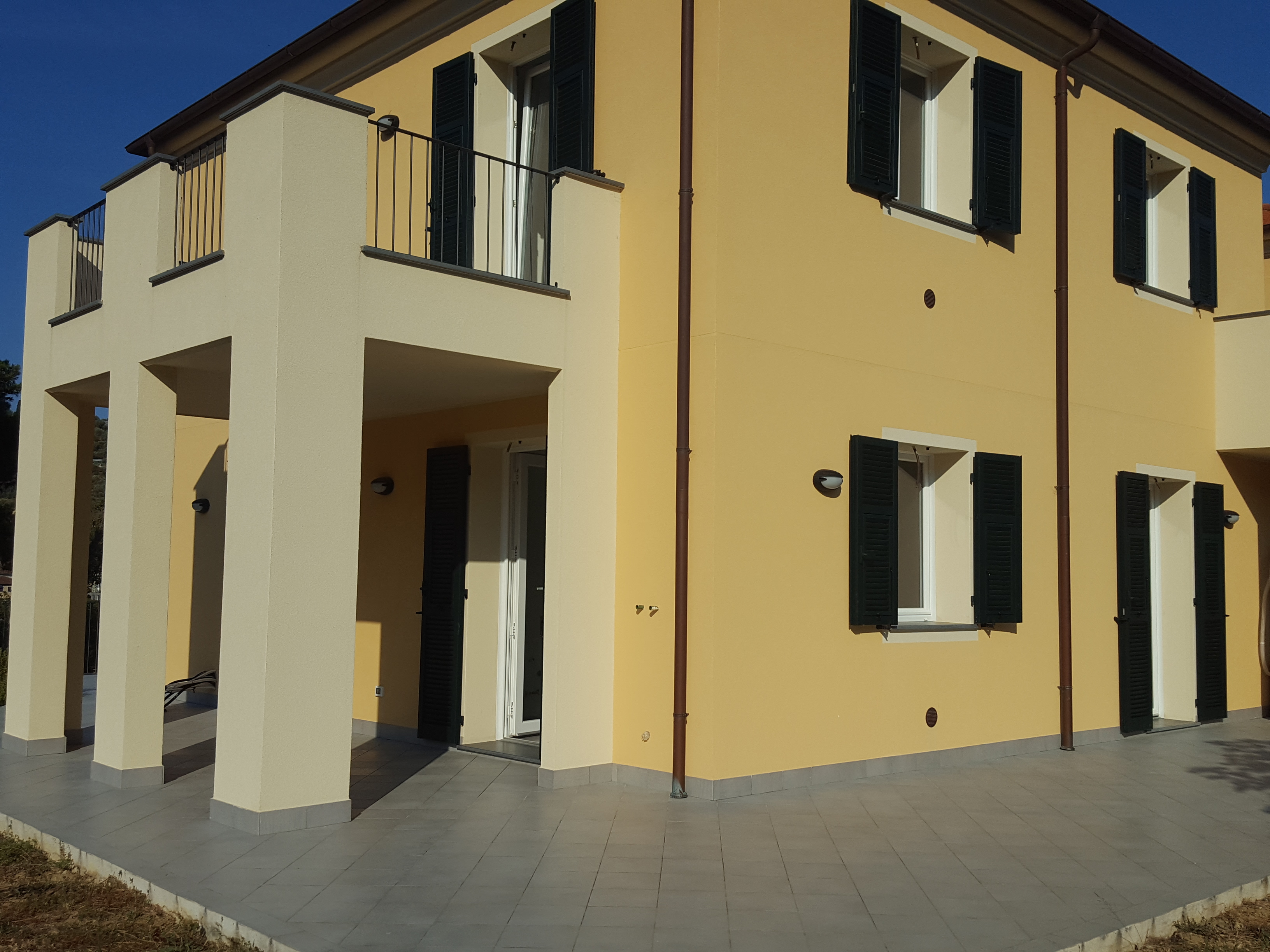 2 bedroom flat in villa in Caramagna