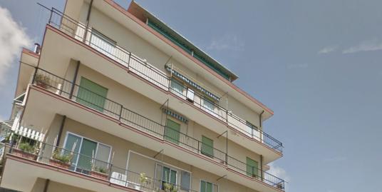 Appartamento centrale in vendita a Imperia Oneglia
