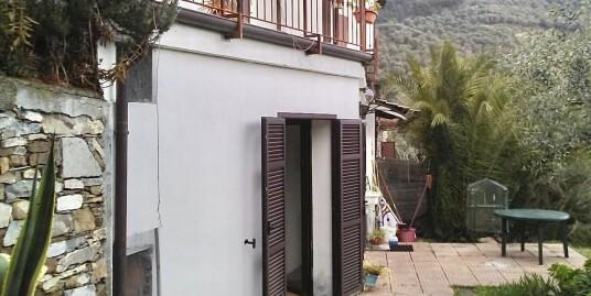 Appartamento indipendente con giardino a Moltedo