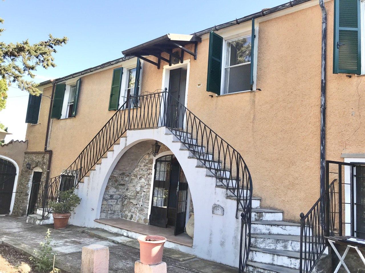 Casa indipendente in vendita Imperia Porto Maurizio